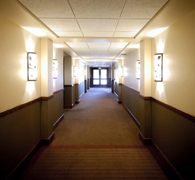 exit-hallway-hotel-indoors-186181